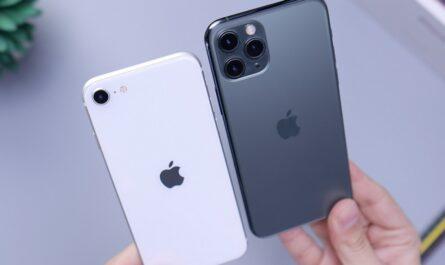 Porovnání dvou modelu mobilních telefonů iPhone.